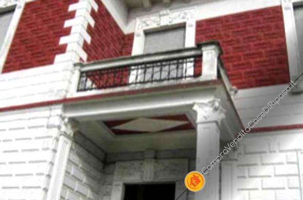 immobile destinazione casa di riposo - ingresso villa d'epoca