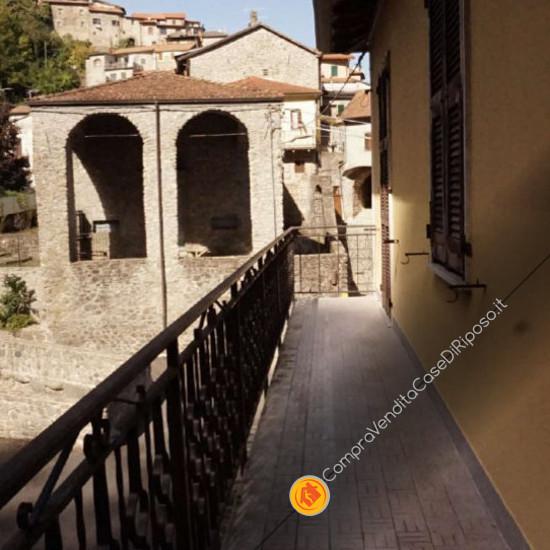 Immobile destinazione casa famiglia - balcone
