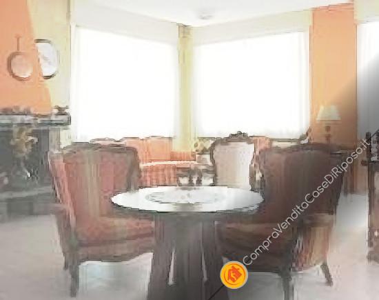 casa-di-riposo-084-salone-poltrone
