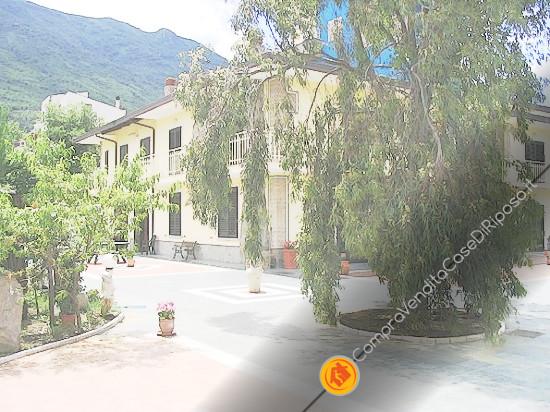 casa-di-riposo-089-ingresso
