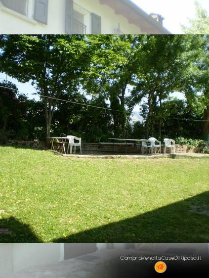 immobile destinazione casa famiglia - giardino