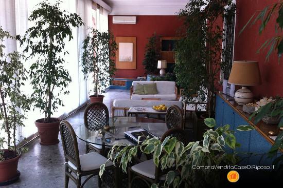immobile adatto a casa di riposo - salotto