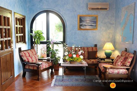 hotel destinazione casa di riposo - salotto